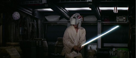 Luke entrenando con su droide